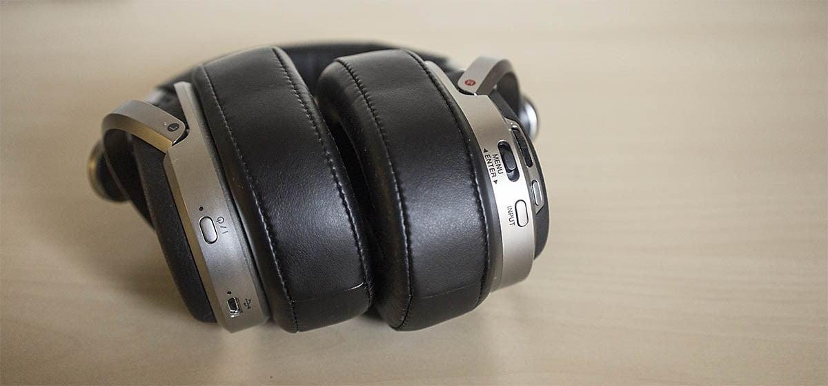Sony MDR-HW700DS: Apariencia